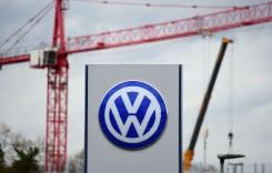 VW întrerupe temporar producția la șase uzine