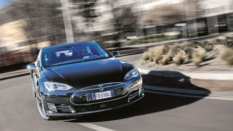 Test drive Tesla Model S P90D : Interstelar!