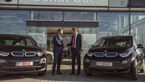 "BMW i3, primul ""chauffeur & limousine"" electric din România"
