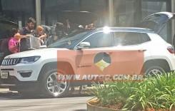 Așa arată noul Jeep Compass. Primele imagini