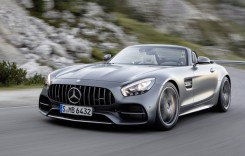 OFICIAL: Mercedes-AMG GT Roadster cu 476 și 557 CP