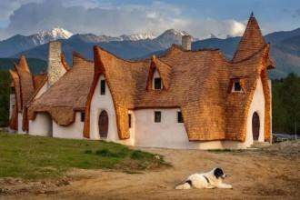 Castelul de lut de lângă Sibiu, atracţie turistică