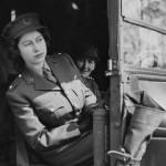 Elisabeta a II-a (3)