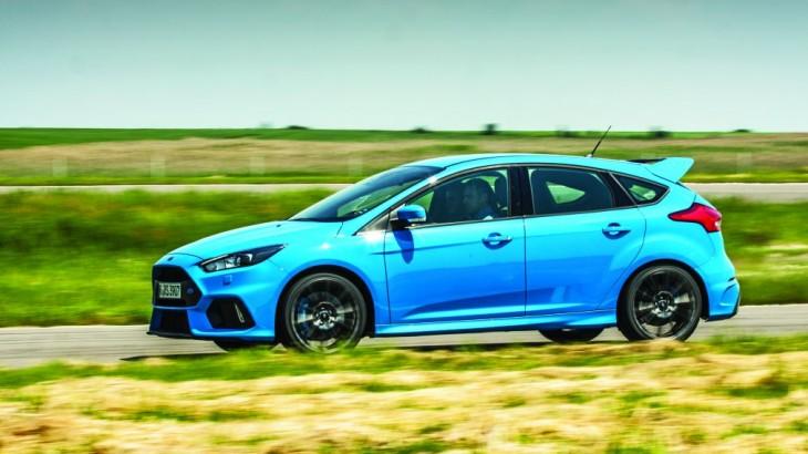 Test Ford Focus RS: hot drift