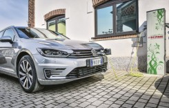 Vânzările de mașini hibride sau electrice au crescut cu 38-264%