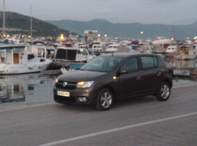 Dacia Sandero 1.0  (14)