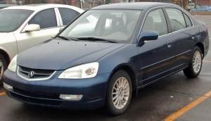 Iată un exemplu tipic de poză făcută de un proprietar ne-samsar. Mașina curată, în parcare. Mai apare și altă mașină pe lângă dar nu l-a deranjat.
