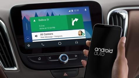 Google a lansat Android Auto pentru orice maşină