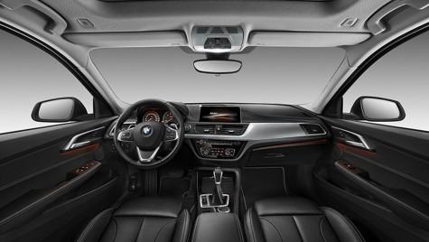 BMW Seria 1 Sedan: Prima imagine cu interiorul limuzinei