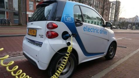 Cât costă RCA pentru mașinile electrice. Tarifele maximale