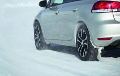Test comparativ anvelope: vară, iarnă sau..CrossClimate?