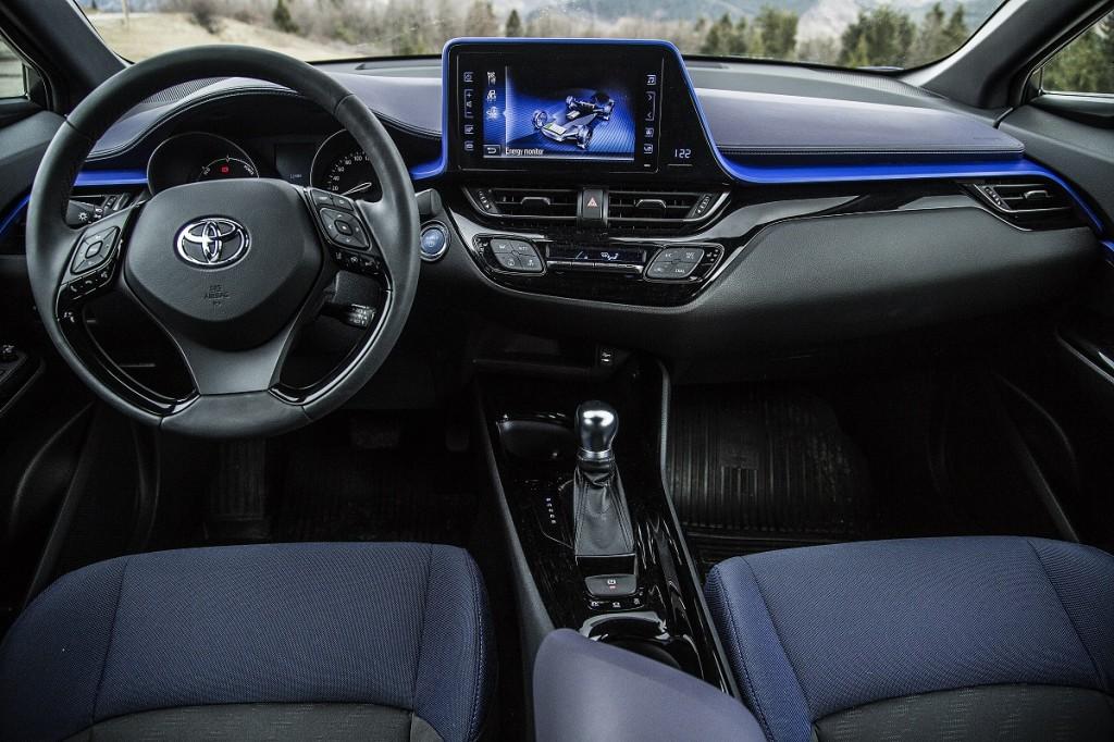 Toyota C-HR (11)