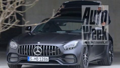 Mercedes-AMG GT C Coupe, supercar cu 557 CP – PRIMELE IMAGINI