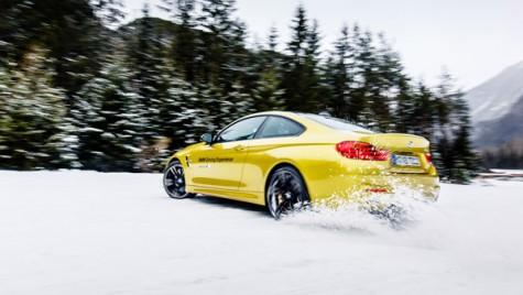 Iarna nu-i ca vara! Tu știi să conduci pe zăpadă?