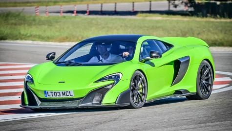Test McLaren 675 LT: aproape de P1