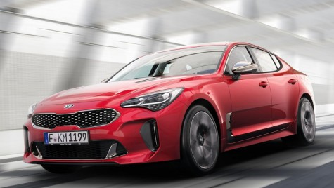 Kia oferă test drive 4D pentru Kia Stinger la Salonul Auto de la Detroit