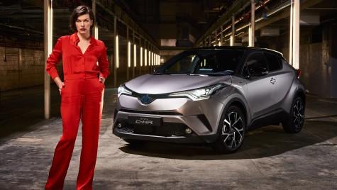 Milla Jovovich este noua imagine a modelului Toyota C-HR