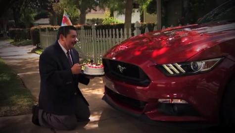 Când noi îi iubim pe ei și ei iubesc …mașinile!