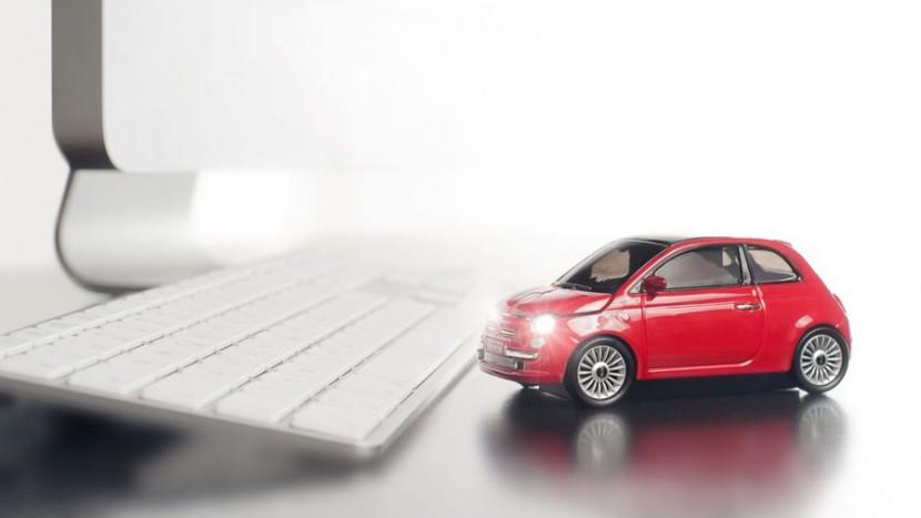 mouse-personalizat-masina-fiat-500-new-red-wireless-1