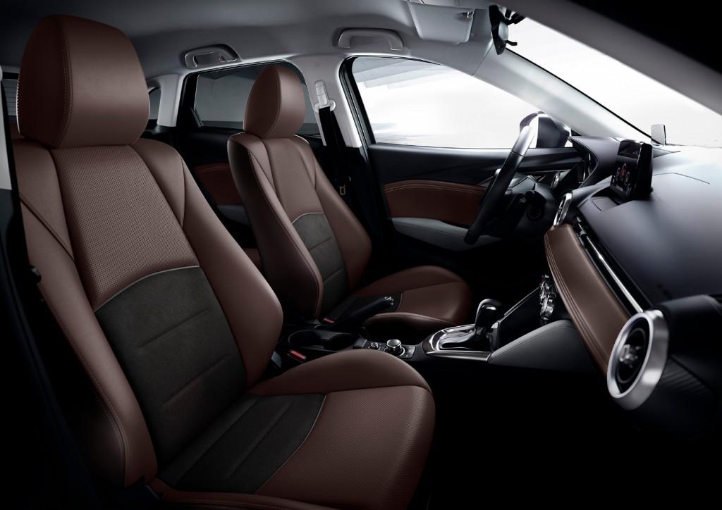 Mazda_CX-3_interior