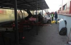 ȘOC: Un șofer a intrat cu mașina în mulțime, la Bascov, județul Argeș