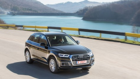 Test drive Audi Q5 2.0 TDI – Am Q-lit de la birou