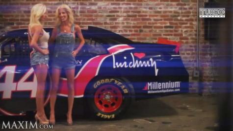 Gemenele turbo – Fetele pilot în NASCAR au dat jos costumul de concurs