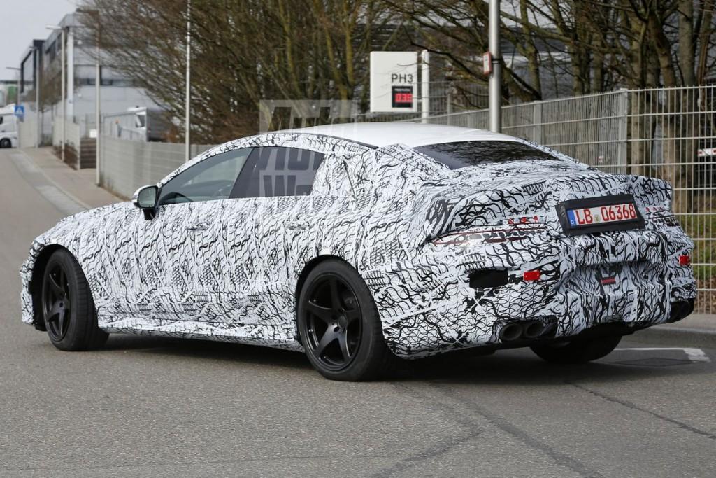 Mercedes-AMG-GT4-3-1