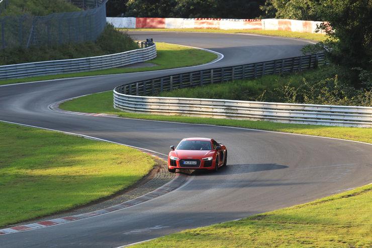 Audi-R8-V10-Plus-Frontansicht-fotoshowBig-ab4d9cc2-899518