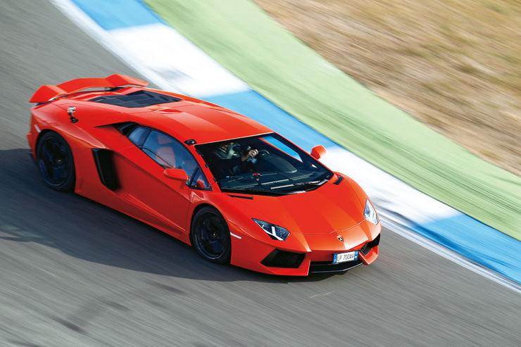Lamborghini-Aventador-LP-700-4-Seitenansicht-fotoshowBig-c02c3c48-559888