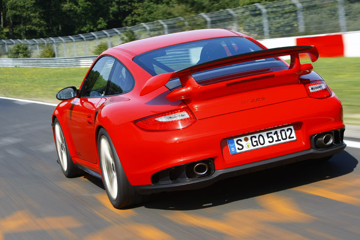 Porsche-911-GT2-RS-fotoshowBig-a59a2c4-429168
