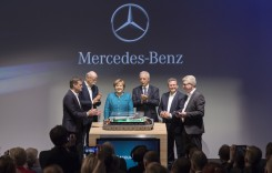 Daimler investește 1 miliard de euro într-o nouă fabrică de baterii