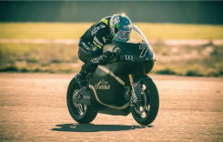Bridgestone şi Saroléa colaborează pentru a patra oară în cursa Isle of Man TT