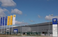Renault Romania angajeaza 500 oameni. Vezi unde