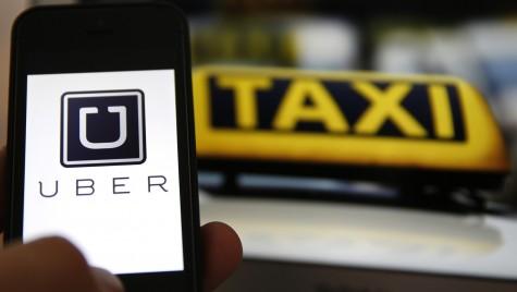 Războiul dintre Uber și taximetriști continuă