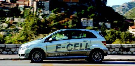Mercedes-Benz B-Class F-CELL – Viitor pe hidrogen
