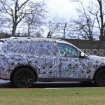 2017-BMW-X7-13