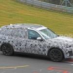 2017-BMW-X7-4