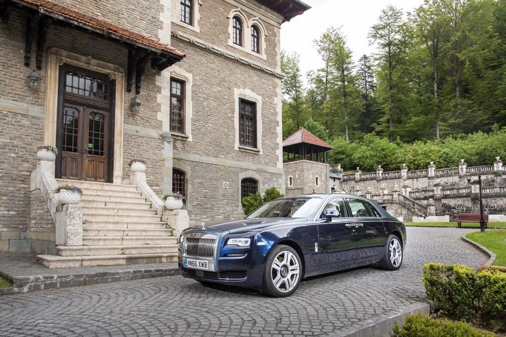 Rolls Royce Ghost 09