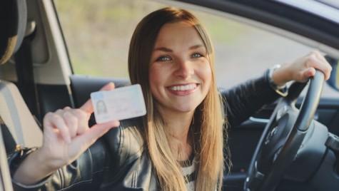 Emoții mai mari la examenul auto! De mâine, se înregistrează și proba teoretică și cea practică