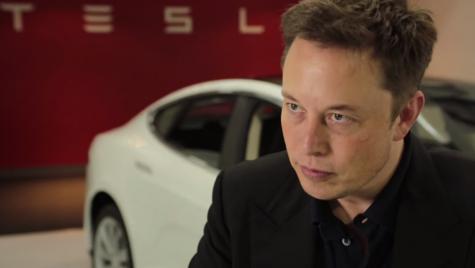 Elon Musk anunță că dorește retragerea Tesla de pe bursă