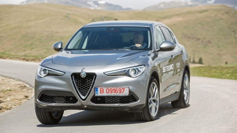 Test Drive Alfa Romeo Stelvio 2 0 Turbo Q4 First Edition Autoexpert