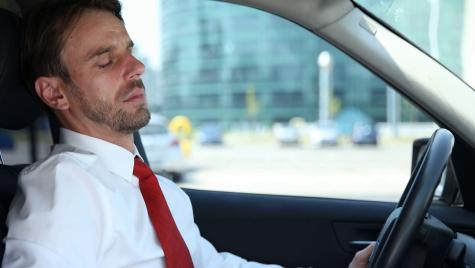 Cum să combați somnolența la volan