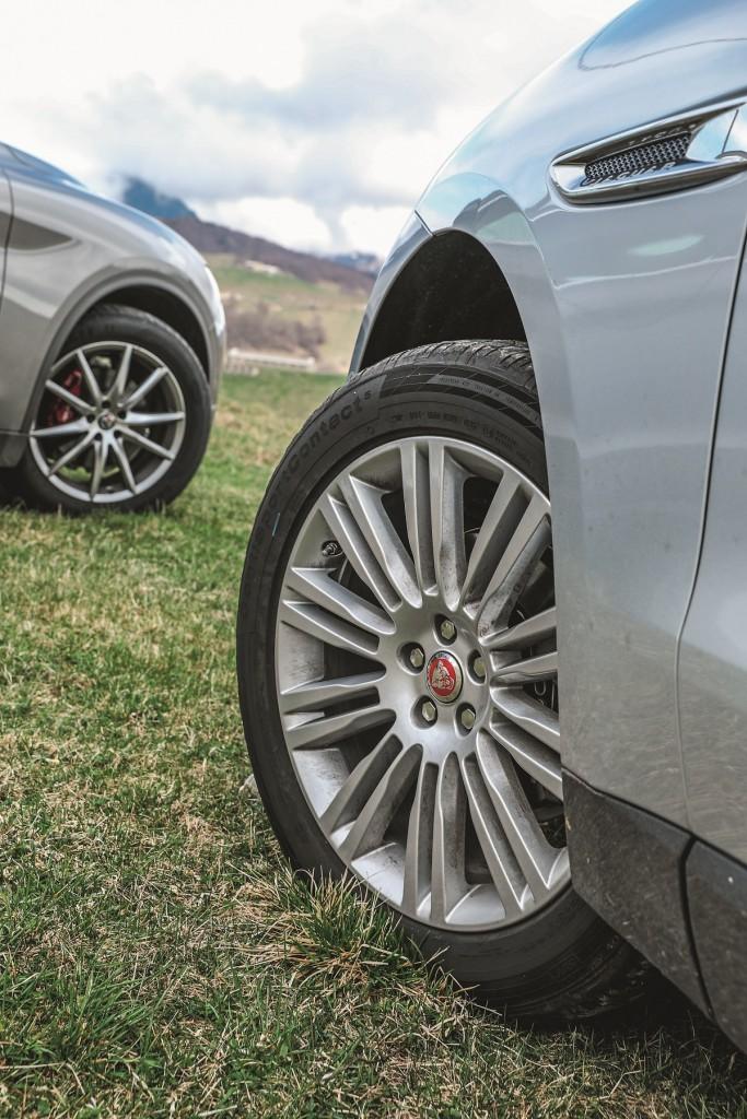 Alfa Stelvio vs Jaguar F-Pace (17)