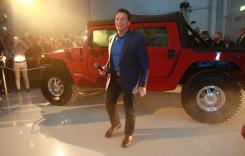 Arnold Schwarzenegger și-a luat Hummer H1 electric
