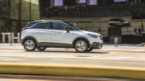 Test drive Opel Crossland X 1.6 D Innovation