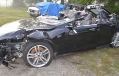 Verdict în cazul accidentului mortal cu Tesla: șoferul și pillotul automat au greșit