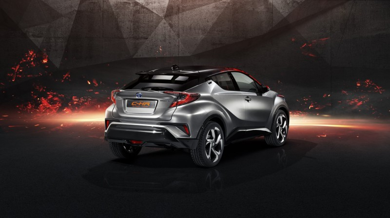 Toyota C-HR Hy-Power (1)