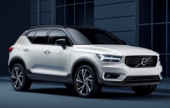 Volvo XC40 este Car of the year 2018