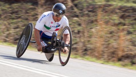 Alessandro Zanardi şi-a apărat titlul mondial la paraciclism